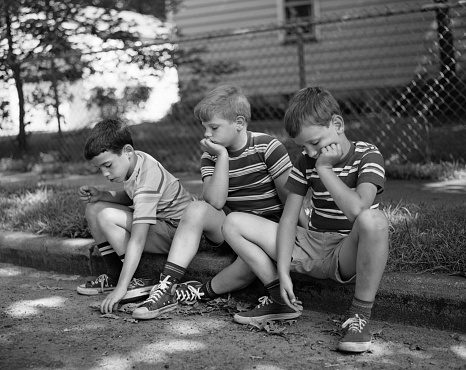 1970s THREE BORED BOYS...